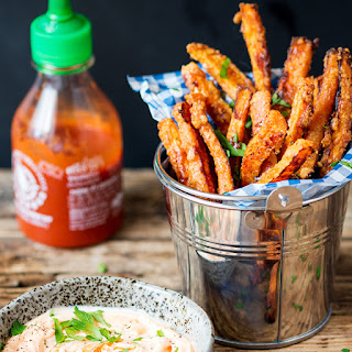Baked Parmesan Carrot Fries with Chilli Mayo Dip
