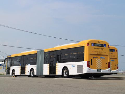 西日本鉄道 福岡都心連節バス 0101 リア