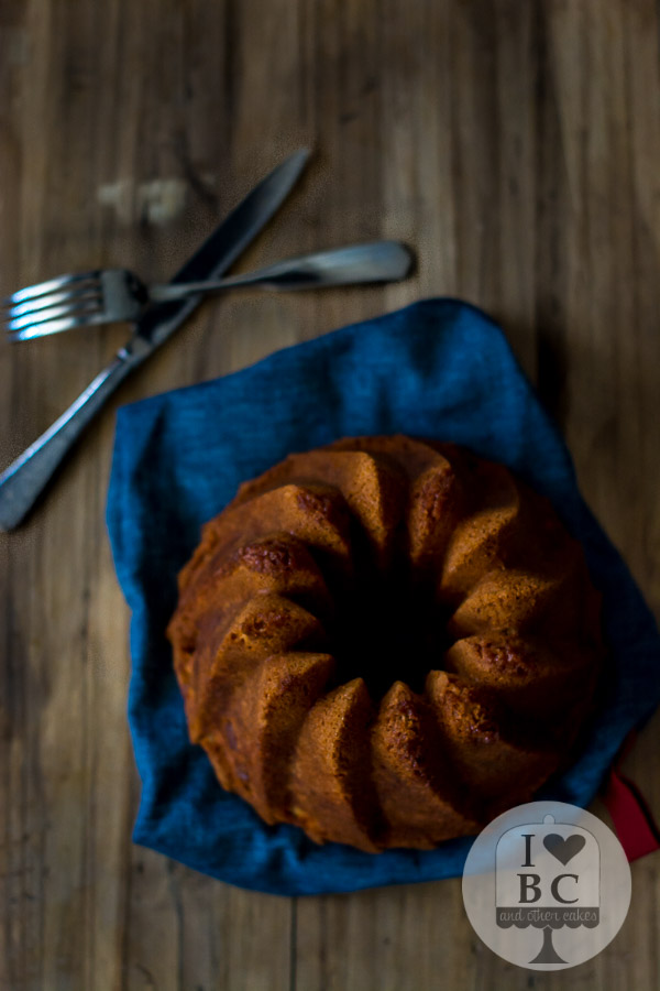 Jewish Apple Bundt Cake