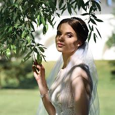 Wedding photographer Lena Andrianova (andrrr). Photo of 30.08.2018