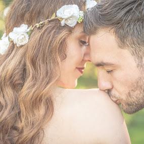 Sweet Kiss by Mario Pakasi - Wedding Bride & Groom ( kiss creating pixels mario pakasi )