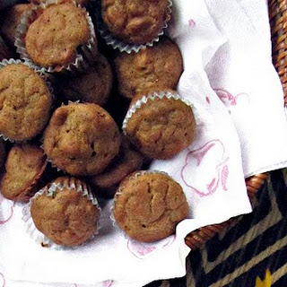 Vegan Banana Date Muffins