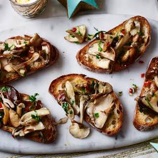 Mushroom Crostini Appetizer Recipes.
