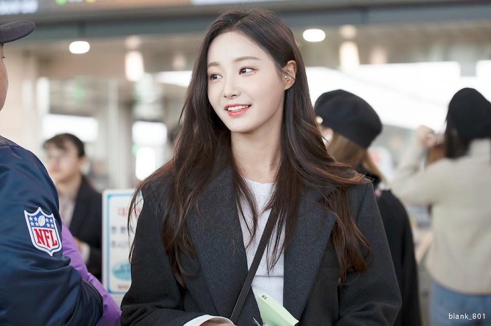 Yeonwoo-00