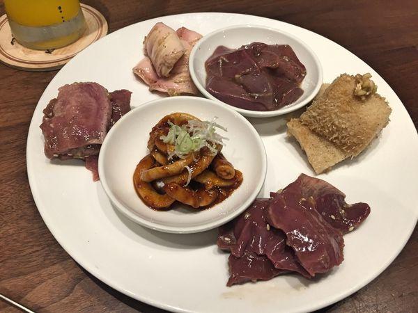 新宿ホルモン內臟燒肉專賣店