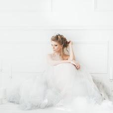 Wedding photographer Alena Muratova (inthread). Photo of 18.04.2016