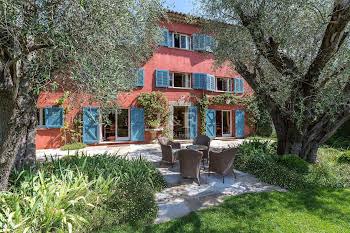 Villa 575 m2