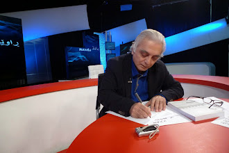 Photo: Hassan Ghazi, the well known Kurdish journalist, chair of the program Rawej of the Kurdish Sterk TV  Brussel, December 2013