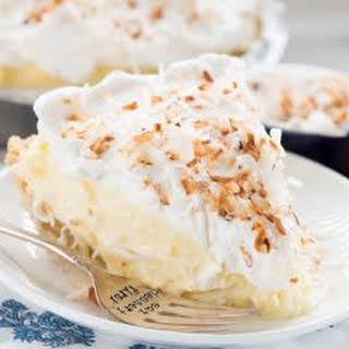 Easy No Bake Coconut Cream Pie.
