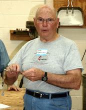 Photo: Bob Browning - bracelet assistant