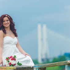 Wedding photographer Olga Kirs (SnakeULTIMATE). Photo of 02.07.2016