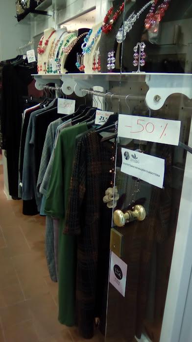 Offerte e sconti abbigliamento e accessori moda femminili