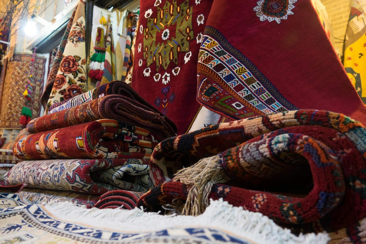 Things to Do in Shiraz Travel Guide // Traditional Iran Carpets at the Vakil Bazaar