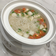 94. Fish Ball with Vermicelli and Tomato in Soup (Regular)
