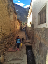 Photo: 800 year old aqueducts and stray dogs/children with stuff
