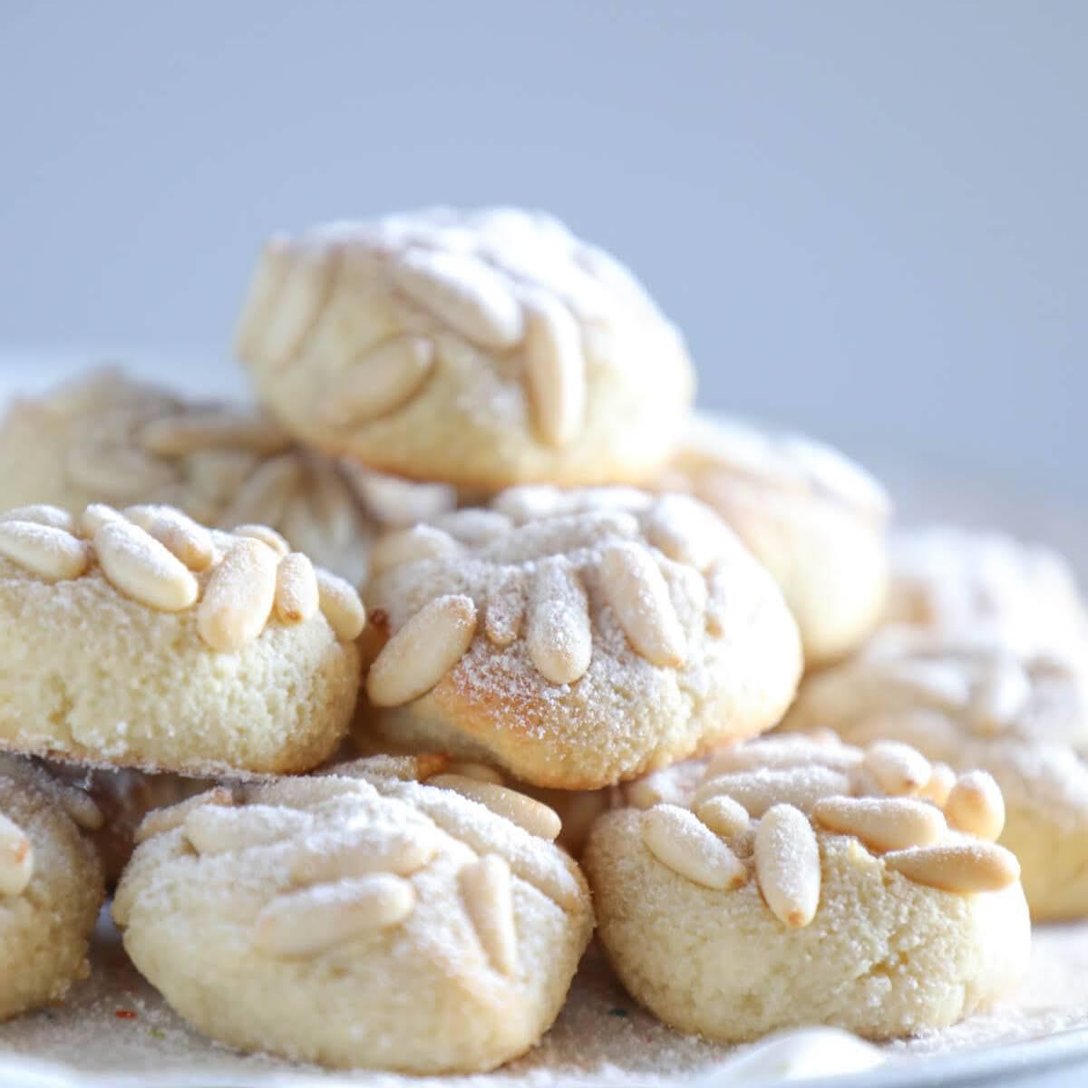 Keto Pignoli Cookies – Low Carb & Dairy Free