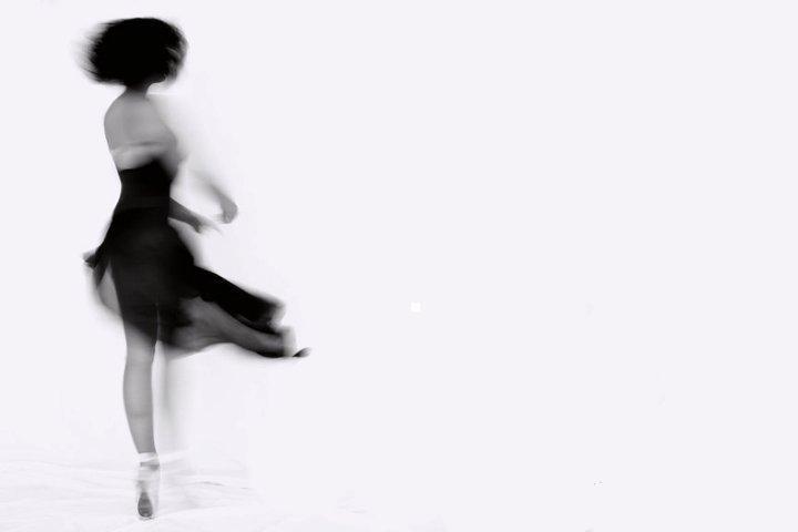 Dancing di _Gaia_