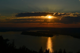 Photo: The Columbia Gorge from Crown Point.