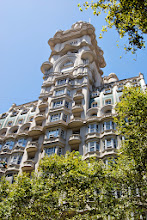 Photo: Building constructed based on the structure of Dante's Divine Comedy - Palacio Barolo - it's 22 floors, height is 100 meters, and there are three sections - hell, purgatory, and heaven