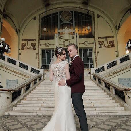 Wedding photographer Anna Bunski (AntoninaVo). Photo of 03.12.2017