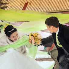 Wedding photographer Sergey Piyagin (smileastana). Photo of 19.12.2012