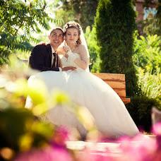 Wedding photographer Vladimir Revik (Revic). Photo of 01.07.2014