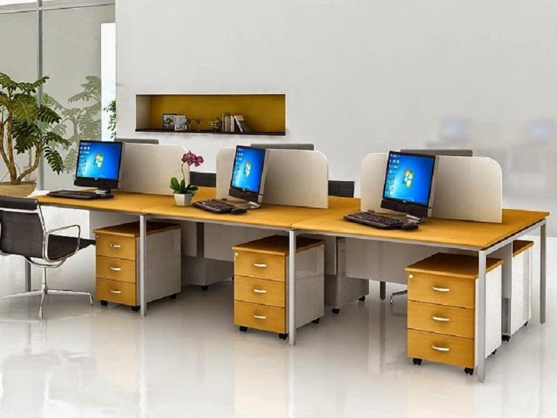 Kích-thước-bàn-làm-việc-cho-nhân-viên-văn-phòng.jpg
