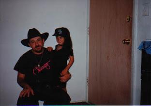 """Photo: Su servilletas con mi hija """"Bubu""""."""