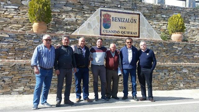 Asistentes a la reunión de Benizalón