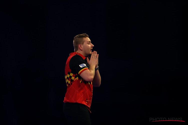 Vierde ronde op WK Darts komt eraan: tegen wie speelt Dimitri Van den Bergh en wanneer wordt de wedstrijd afgewerkt?