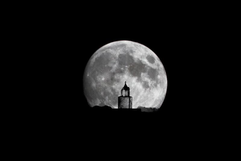 Come un faro nel buio della notte di MiriS