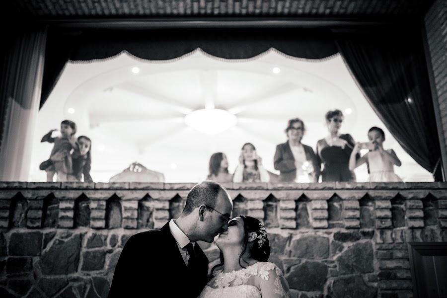 Wedding photographer Leonardo Scarriglia (leonardoscarrig). Photo of 07.05.2019
