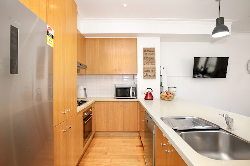 Photo of property at 1/1 Walsh Street, Ormond 3204
