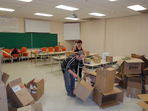 Photo: Le shipping prend forme.