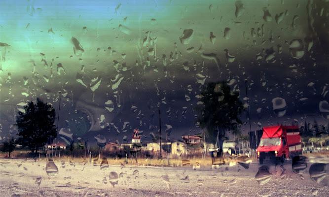 Mentre piove, naturalmente. di francesco_abate