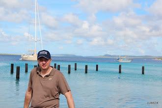 Photo: Diego LU8ADX en la costa de Bonaire