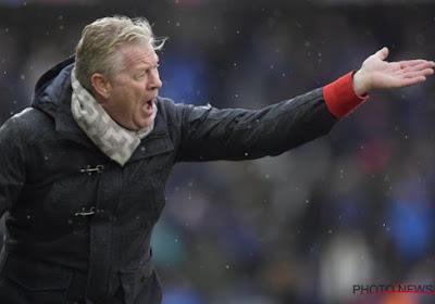 Peter Maes hoopt nog op versterking en legt uit waarom enige aanwinst op tribune zat in Gent