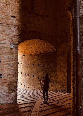 Nei vicoli di una magica Urbino.  di roberta_ranieri