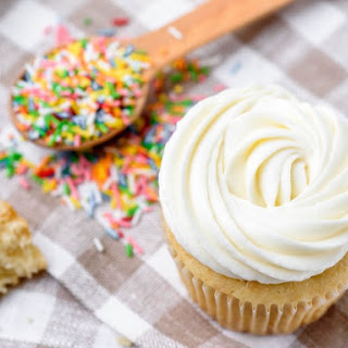 Vanilla Buttercream Frosting Without Powdered Sugar Recipes.