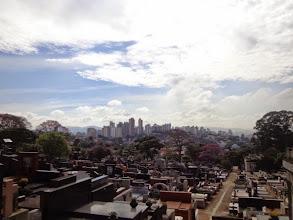 Photo: Blick über São Paulo vom Cemitério do Araçá