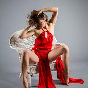 The red dress by James Wayne - People Portraits of Women ( studio, fashion, modeling, art, glamor )