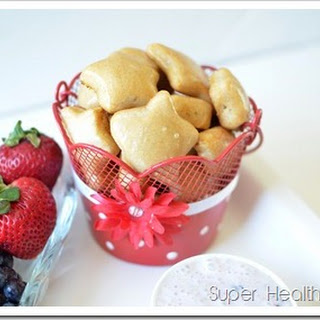 Summer Snacking with Pretzel Bites and Fruit Dip.