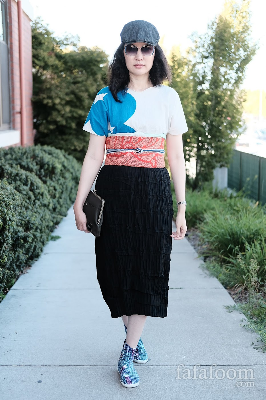 Modern Styling: Obi Sash with obiage, obijime, top, midi skirt, and tabi shoes - Style Notes | fafafoom.com