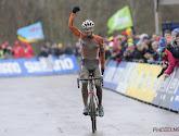 Beloftenwereldkampioen veldrijden Joris Nieuwenhuis blijft tot eind 2020 bij Team Sunweb