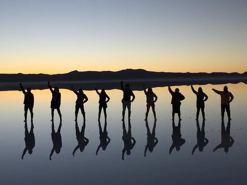ウユニで日本人に有名な穂高ツアーでウユニ塩湖ツアー 鏡張り