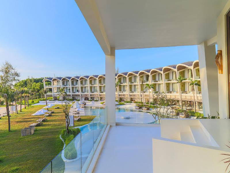 The Shell Resort & Spa