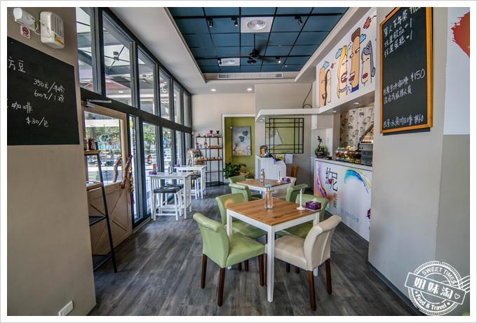約尼咖啡1樓環境