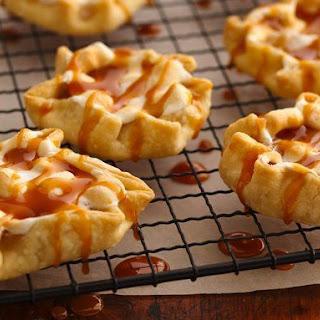 Caramel Apple-Marshmallow Tarts