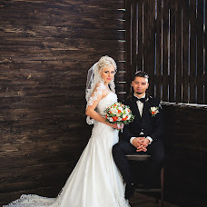 Wedding photographer Denis Lyashko (denisdesya). Photo of 17.12.2015