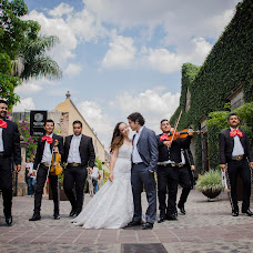 Wedding photographer Mayra Navarro (mayranavarro). Photo of 14.08.2015